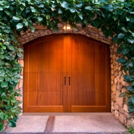 The Difference Between Wood And Steel Garage Doors