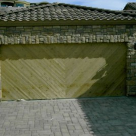 How Do You Choose The Right Style For Your Garage Door?