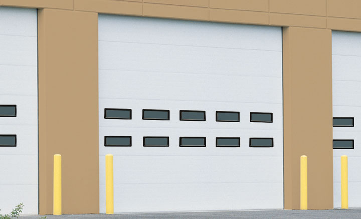 Raynor ThermaSeal® TM220 Sectional Garage Doors