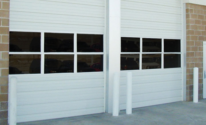 Raynor SteelForm™ S-20 and S-24 Sectional Ribbed Doors